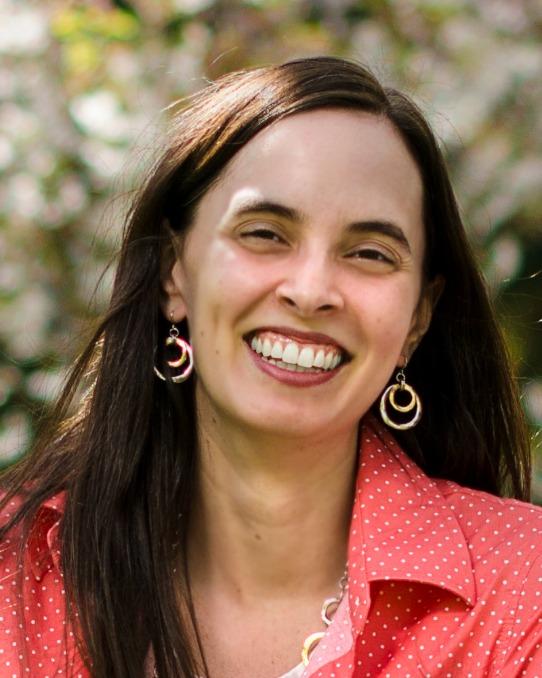 Leanna Guillen Mora