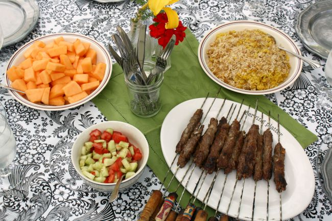 A Weeknight Persian Picnic