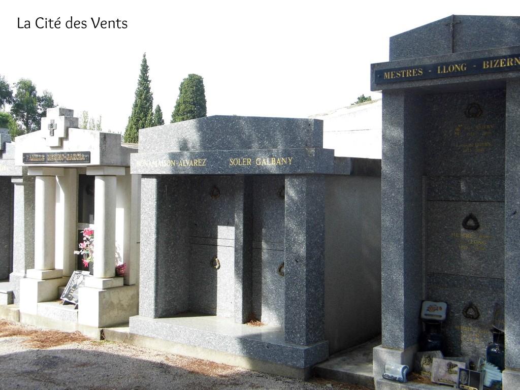 Céret cemetery family vaults