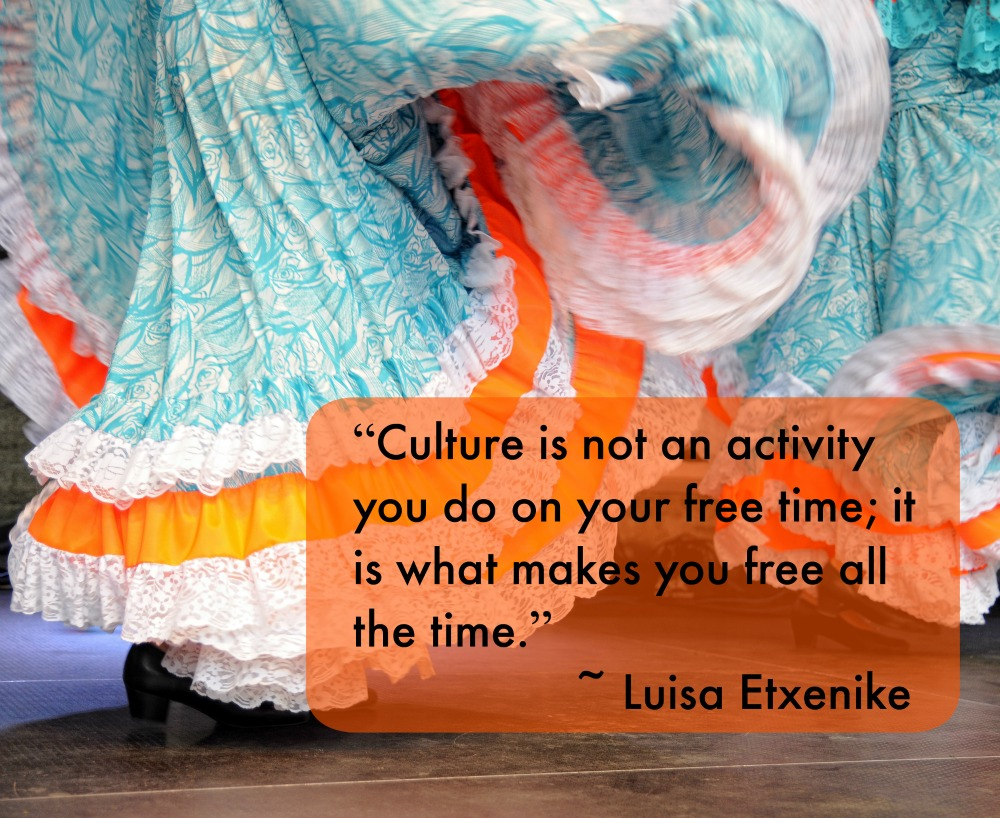 These tips help parents raising multicultural Latino families.