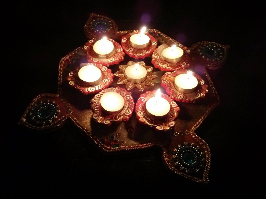 Celebrating Diwali in Canada - MapleandMarigold.com
