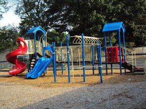 playground-411362_640