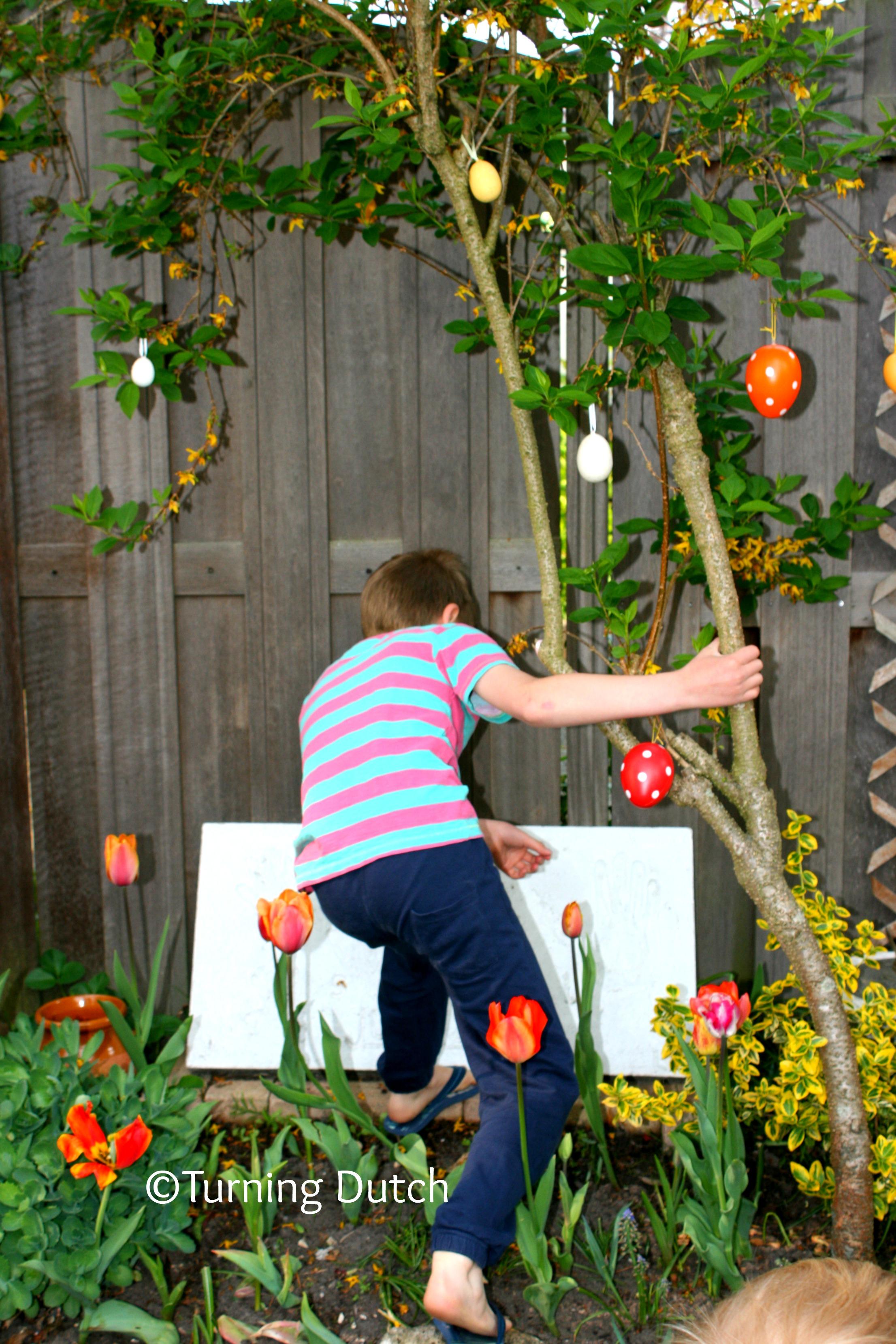 Easter egg hunt - Easter in the Netherlands