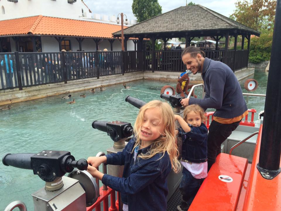The Loneliness of Expat Fatherhood   Multicultural Kid Blogs