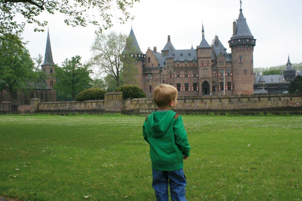 Netherlands With Kids Kasteel de Haar | multiculturalkidblogs.com