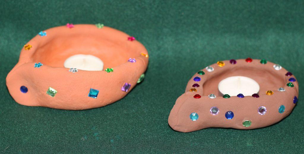 DIY diyas made of clay